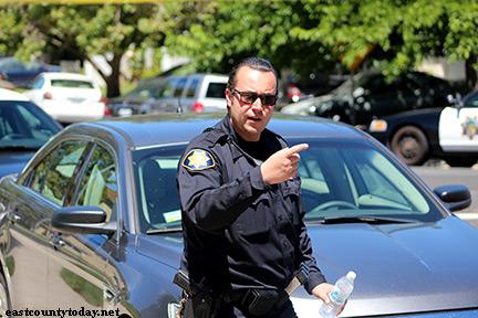 e4ec0dba85 Concord Police Search Oakley Home for Murder Suspect
